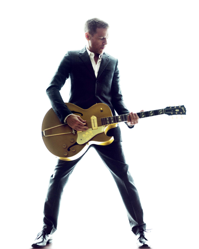 Adams, Bryan Photo
