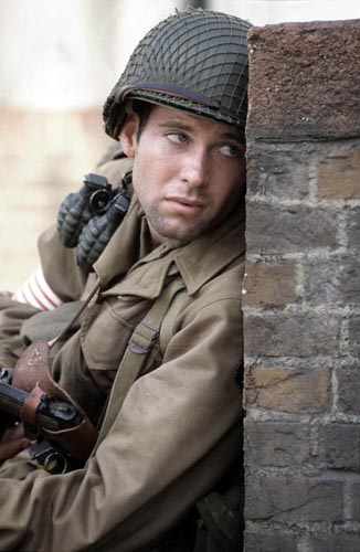 Bailey, Eion [Band of Brothers] Photo