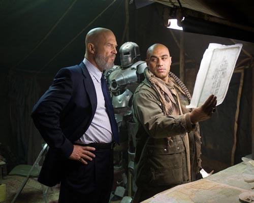Iron man cast photo