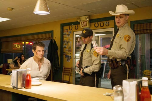 Jack Reacher Never Look Back [Cast] Photo