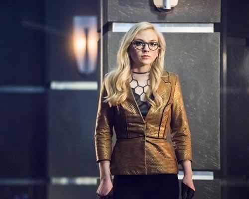 Kinney, Emily [Arrow] Photo