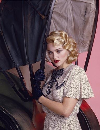 Madonna [Shanghai Surprise] Photo