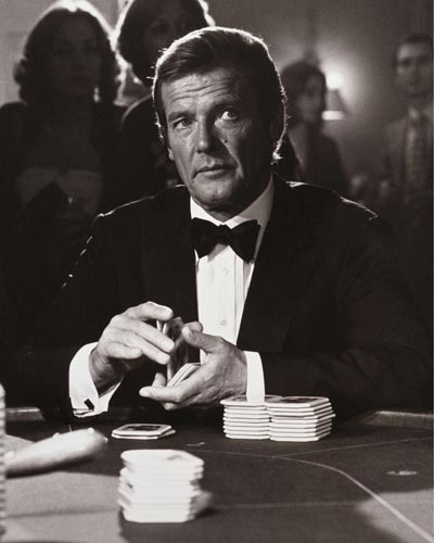 Moore, Roger [James Bond] Photo