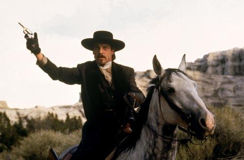Quaid, Dennis [Wyatt Earp] Photo