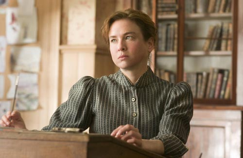 Zellweger, Renee [Miss Potter] Photo